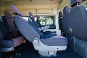 Polohovateľné sedadlá v mikrobuse Peugeot Boxer